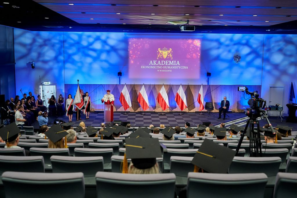 Graduacja studiów podyplomowych