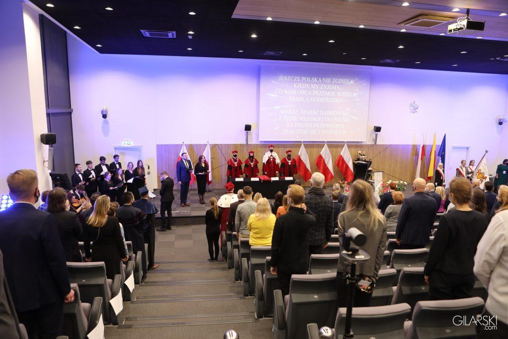 Rok Akademicki 2021/2022 w Akademii Ekonomiczno-Humanistycznej w Warszawie oficjalnie zainaugurowany